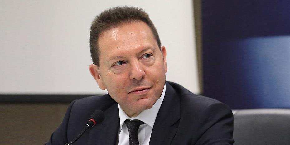 Γ. Στουρνάρας: Να προχωρήσουν τα δύο σχέδια για τα NPEs