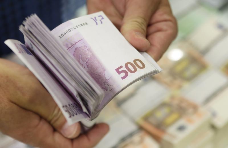 Από τη Μεγάλη Τετάρτη η πρώτη καταβολή του επιδόματος των 800 ευρώ