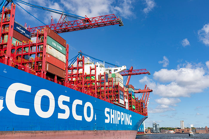 Μεγάλη αύξηση κερδών της Cosco από τον Πειραιά το 2019, προκλήσεις το 2020