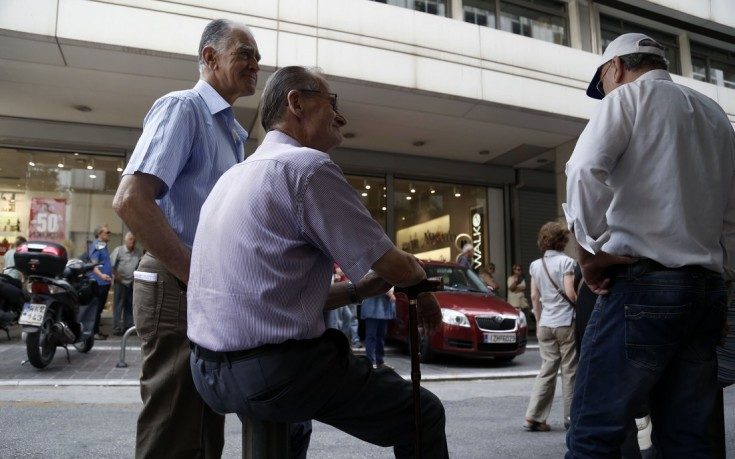 Στο 30% η μείωση στη σύνταξη όσων συνταξιούχων συνεχίζουν να απασχολούνται