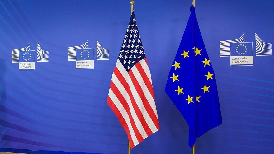 ΗΠΑ-ΕΕ: Τέλος στους τιμωρητικούς δασμούς για την ώρα