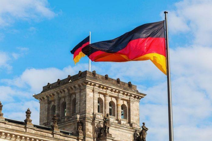 Γερμανία-Covid-19: Ο ΥΠΟΙΚ Σολτς καλεί για στοχευμένους, προσωρινούς περιορισμούς