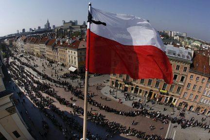 Πολωνία: Αποκλείεται ένα νέο εθνικό lockdown παρά την συνεχή αύξηση των κρουσμάτων