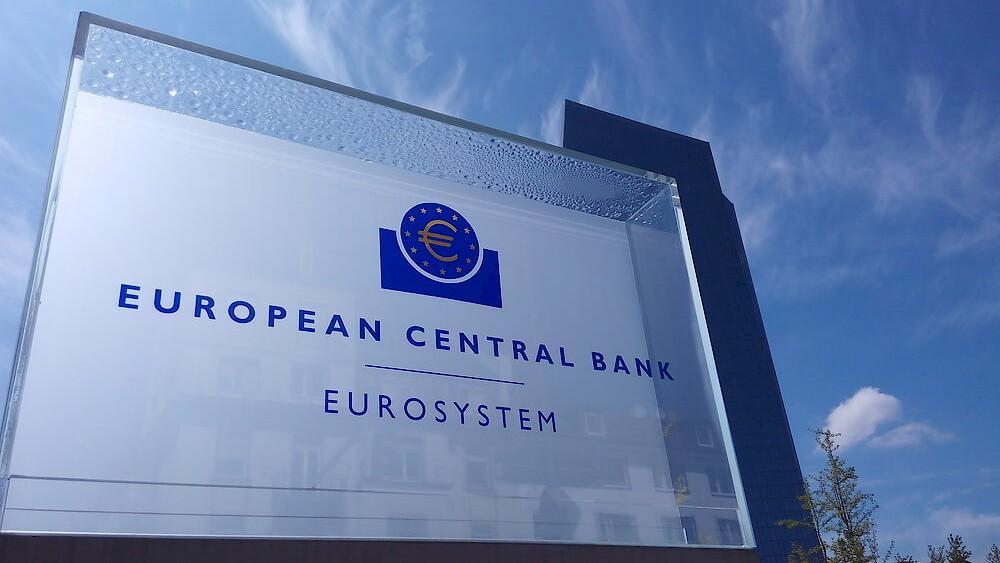 """Στέλεχος της ΕΚΤ: """"Οικονομική καταστροφή για την Ευρώπη"""" πιθανό μπλοκάρισμα του Ταμείου Ανάκαμψης"""